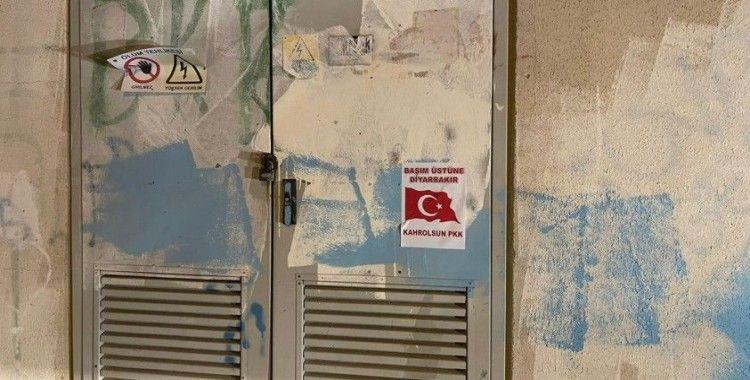 Silvan sokaklarında 'Kahrolsun PKK' afişleri asılı