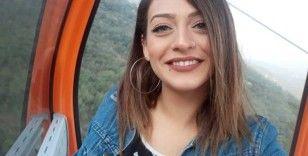Evlilik teklifini kabul etmediği için öldürülen genç kız Manisa'da toprağa verildi