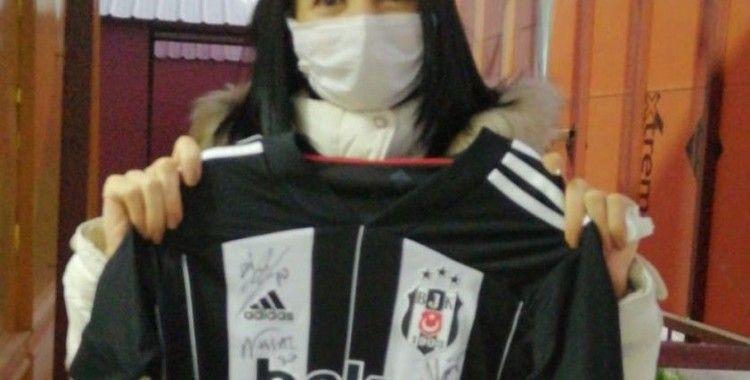 Kanser hastası kadın sosyal medyadan sesini duyurdu, Hatayspor - Beşiktaş maçını izleyecek