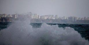 Meteorolojiden 10 il için kuvvetli yağış ve fırtına uyarısı