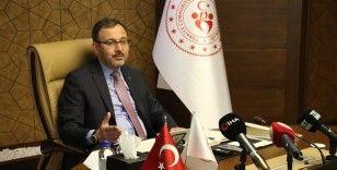 Bakan Kasapoğlu, Lefter Küçükandonyadis'i andı