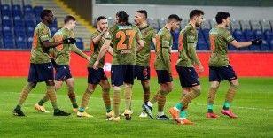 Medipol Başakşehir, konuk olduğu Tuzlaspor'u 5-1 mağlup ederek adını çeyrek finale yazdırdı