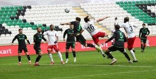 Müsabakayı 2-1 kazanan Konyaspor adını çeyrek finale yazdırdı