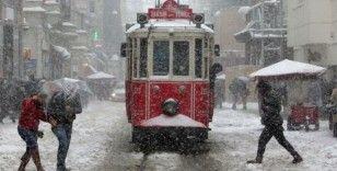 İstanbul Valiliğinden kar yağışı uyarısı