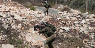 İsrail güçleri, Batı Şeria ile Doğu Kudüs'te 41 Filistinliyi gözaltına aldı