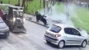 Motosikletli metrelerce havaya uçtu
