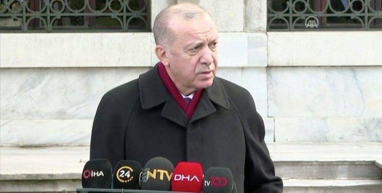 Cumhurbaşkanı Erdoğan: (Aşı) Şu anda herhangi bir yan etki söz konusu değil. Evelallah sapasağlamım