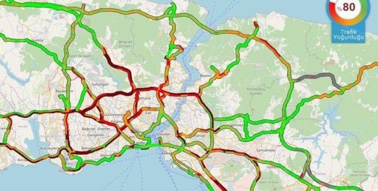 İstanbul'da kar trafiği, yoğunluk yüzde 80'e ulaştı