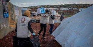 Katar'dan İdlib'deki sağanaktan etkilenen ailelere kışlık yardım