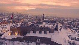 Karla birleşen tarihi mekanlarda eşsiz manzaralar