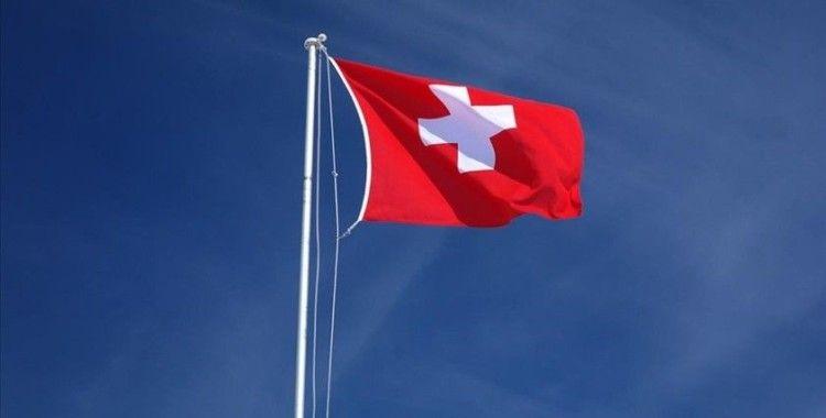 İsviçre'de hükümetten seçmenlere, 'referandumda peçe yasağına karşı ret oyu' verin çağrısı