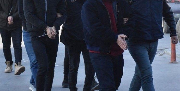 FETÖ'nün TSK yapılanmasına yönelik İzmir merkezli operasyonda gözaltına alınanların sayısı 198'e ulaştı