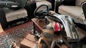 İzmir'de ilginç olay: Çalıntı aracın parçalarını salonda saklamış