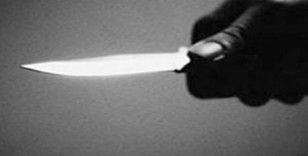 Esenyurt'ta ailevi sorunları olduğu öğrenilen bir şahıs, iki çocuğunu bıçakla rehin aldı