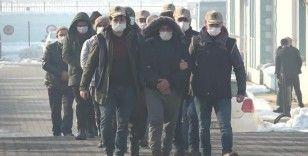 Düzce'de DEAŞ operasyonu: 9 gözaltı