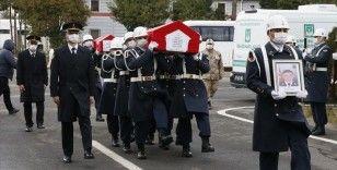 Tüp patlamasında hayatını kaybeden uzman çavuş ve oğlunun cenazesi Çorum'da defnedildi