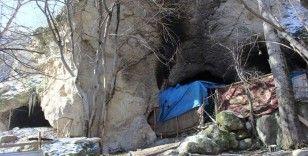 30 yıl 10 çocuğuyla mağarada yaşadı, şimdi o günleri tebessümle anıyor