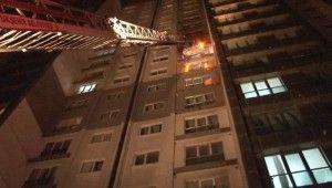 Esenyurt'ta 26 katlı binanın 6'ncı katında doğalgaz patlaması