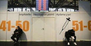 AB ülkelerinde Kovid-19 aşısı tedarikindeki aksaklıklar tepkilere yol açtı