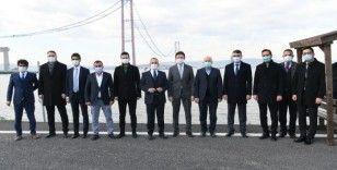 AK Parti Grup Başkanvekili Turan, 1915 Çanakkale Köprüsü'nün inşaat şantiyesini gezdi