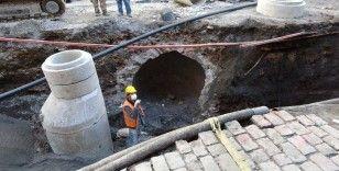 Trabzon'da alt yapı çalışması sırasında bulunan su sarnıcı Geç Dönem Osmanlı Mimarisi'ne ait çıktı