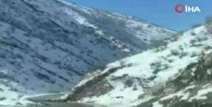 Şırnak'ta toprak kayması kameraya yansıdı