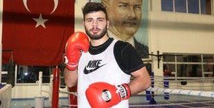 Milli boksör Mücahit İlyas yumruklarını olimpiyata hazırlıyor