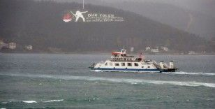 Çanakkale'de, Gelibolu-Lapseki feribot seferlerine fırtına engeli
