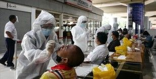 Endonezya'da Kovid-19 vaka sayısı 1 milyonu geçti
