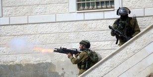 İsrail güçlerince Batı Şeria'da vurulan bir Filistinli şehit oldu