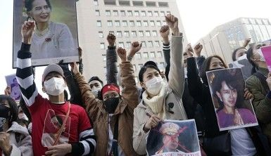 Myanmar'daki askeri darbe Japonya'da protesto edildi