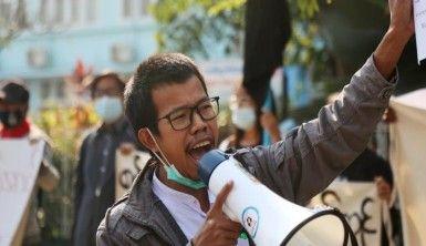 Myanmar'ın en büyük ikinci kentinde darbe karşıtı protesto