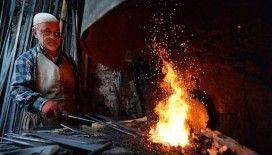 Tarihi diziler Safranbolu'da üretilen hediyelik savaş aletlerine ilgiyi artırdı