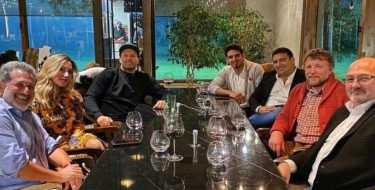 Jason Statham ve Ali Şafak Öztürk akşam yemeğinde buluştu