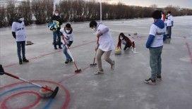 Kars Çayı'nda oynanan curling dünyada yankı buldu