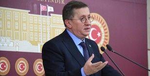 İYİ Parti Grup Başkanvekili Türkkan: O partinin kapısına gidip anayasa çalışması yapacaklar mı, aleni yapacaklar