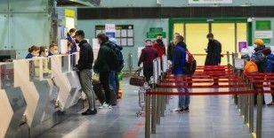 Almanya'da pasaport krizi büyüyor: Türkler gider ama dönemez