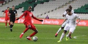 Beşiktaş, Konyaspor'u 4-3 mağlup ederek eledi ve yarı finale yükseldi