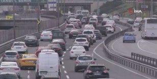 İstanbul'da kısıtlama öncesi trafik yoğunluğu yüzde 63 seviyesinde