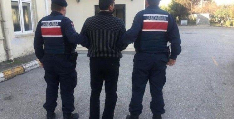 Dolandırıcılık suçundan aranan şüpheli Mersin'de yakalandı