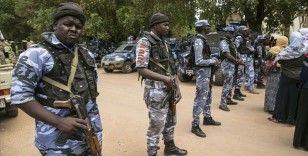 Sudan'da şiddeti artan gösteriler sonrası eski iktidar partisinden çok sayıda kişi gözaltına alındı