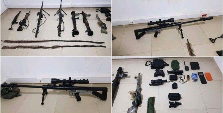MSB: PKK'nın sivil vatandaşlarımızı canice şehit ettiği mağarada, teröristlere ait silah ve mühimmat ele geçirildi
