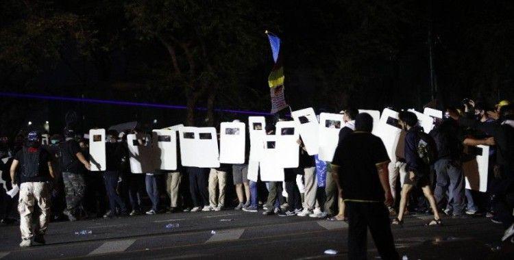 Tayland'daki protestolarda 20 polis yaralandı, 7 kişi gözaltına alındı