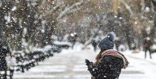 Ankara için yarından itibaren kuvvetli kar ve buzlanma uyarısı
