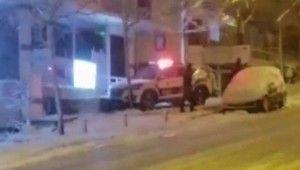Polis ekiplerinin kar kazası kamerada