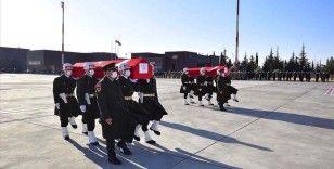 Şehitler Altıntaş ve Kabaklı'nın naaşları memleketleri Gaziantep'e getirildi