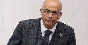 Enis Berberoğlu 8 ay aradan sonra Meclis'te: 'Burada kazanan adalet duygusu olmuştur'