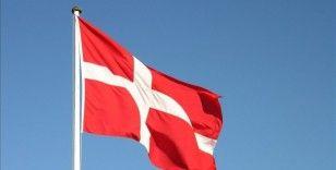 Danimarka'da yaşlı çift, market otoparkında Müslüman kadına saldırdı