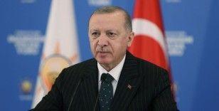 Erdoğan: İttifak ortaklarını incitmemek için bölücü terör örgütünü kınayamayanlar bize insanlıktan bahsedemez
