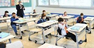 İstanbul'da yüz yüze eğitime bir gün süreyle ara verildi